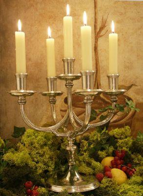 cadeau chandelier 5 flammes, etain aspect argent massif