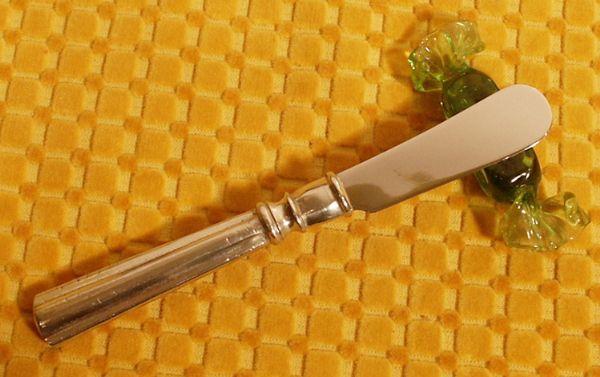 Couteau+beurre+Empire etain aspect argent massif