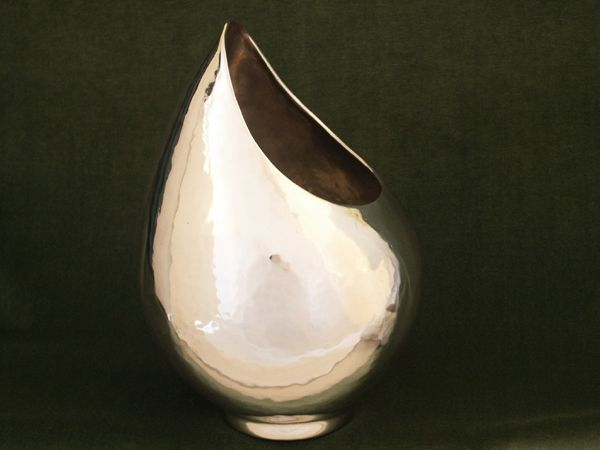 Vase maternite en etain aspect argent massif