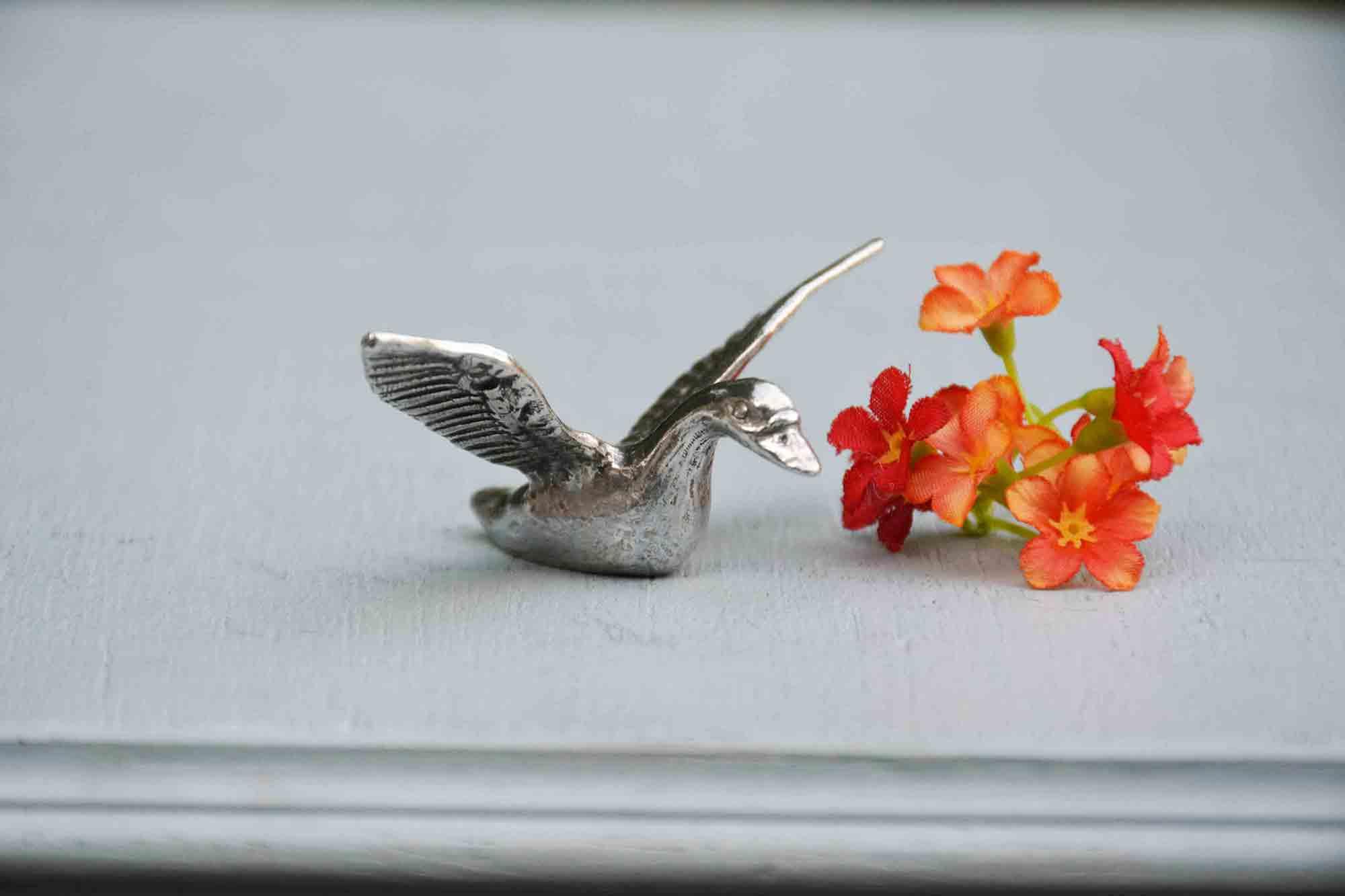 cadeau canard noces d'étain, 10 ans de mariage, canard étain aspect argent