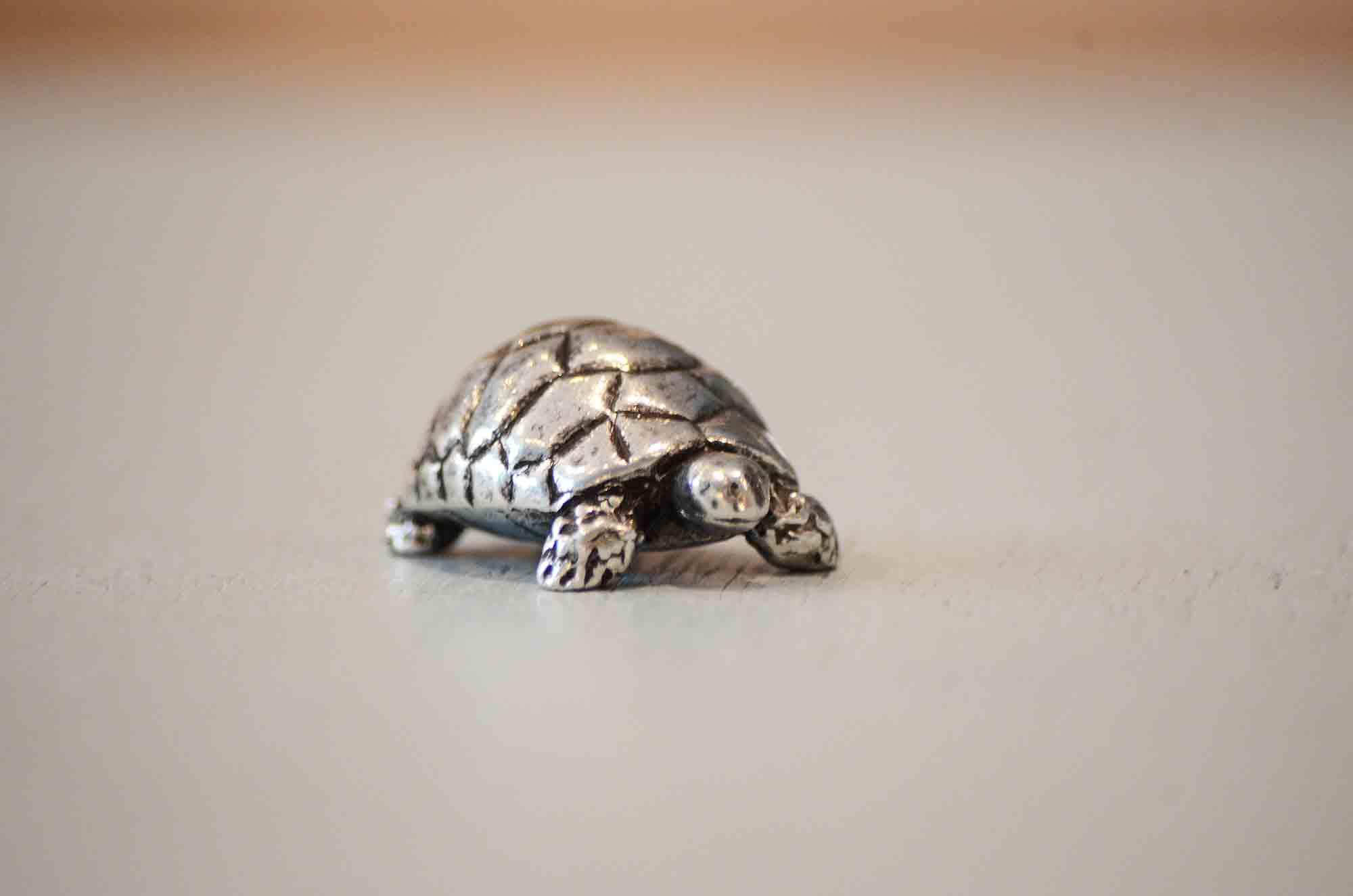 mini tortue cadeau figurine animalière