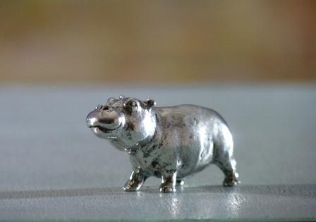 Hippopotame+bebe etain aspect argent massif