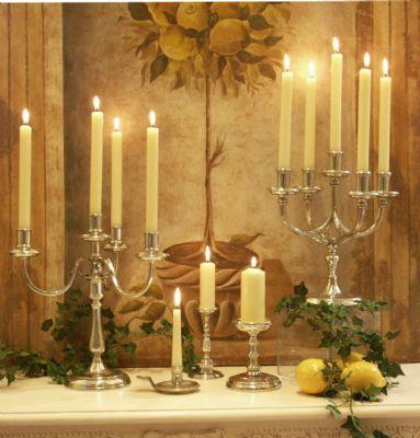 chandeliers en étain brillant aspect argent massif