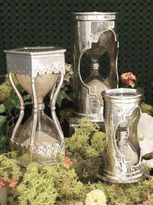 Cadeaux objets a histoire etain aspect argent massif