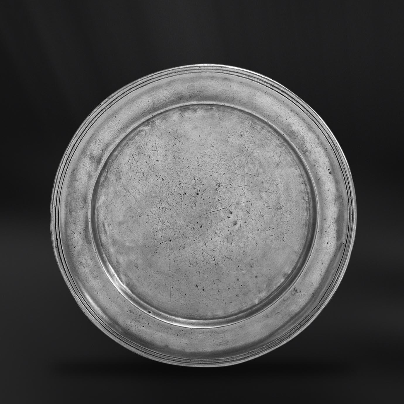 ASSIETTE etain antique