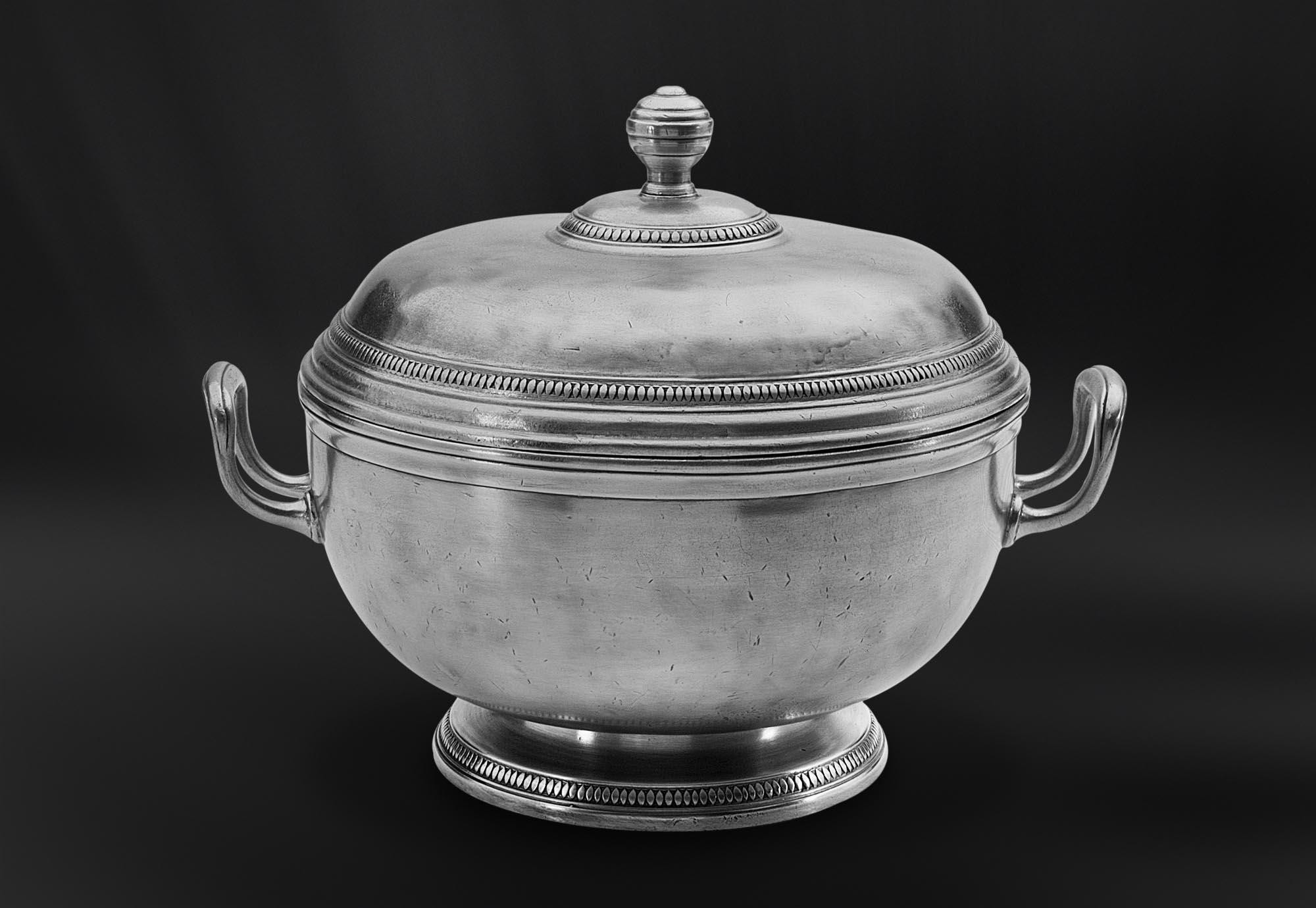 SOUPIERE etain antique